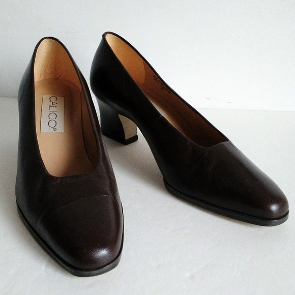 9502fb04452 Vintage CALICO Dress office shoes low heel